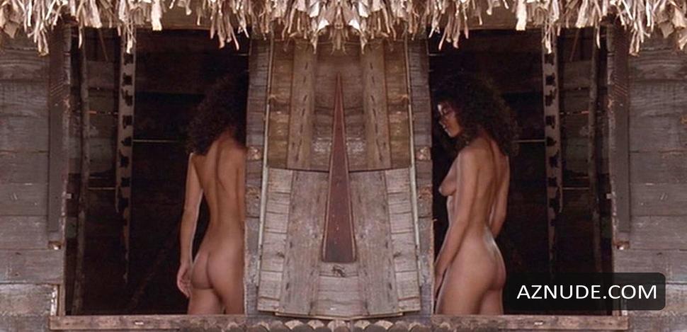 Wide sargasso sea nude