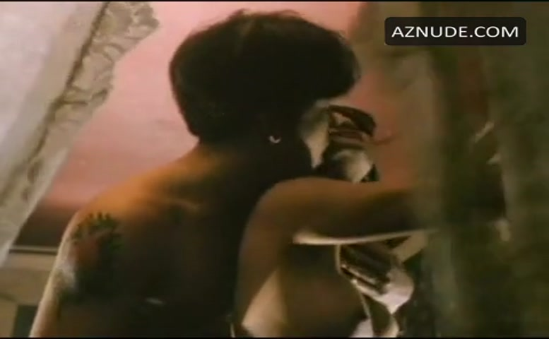 Neith hunter breasts butt scene in gentleman bet aznude