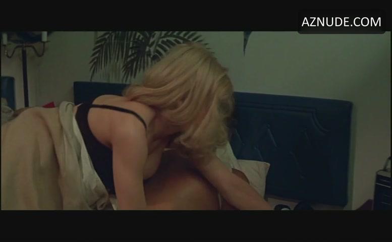 Sally Sandoval  nackt