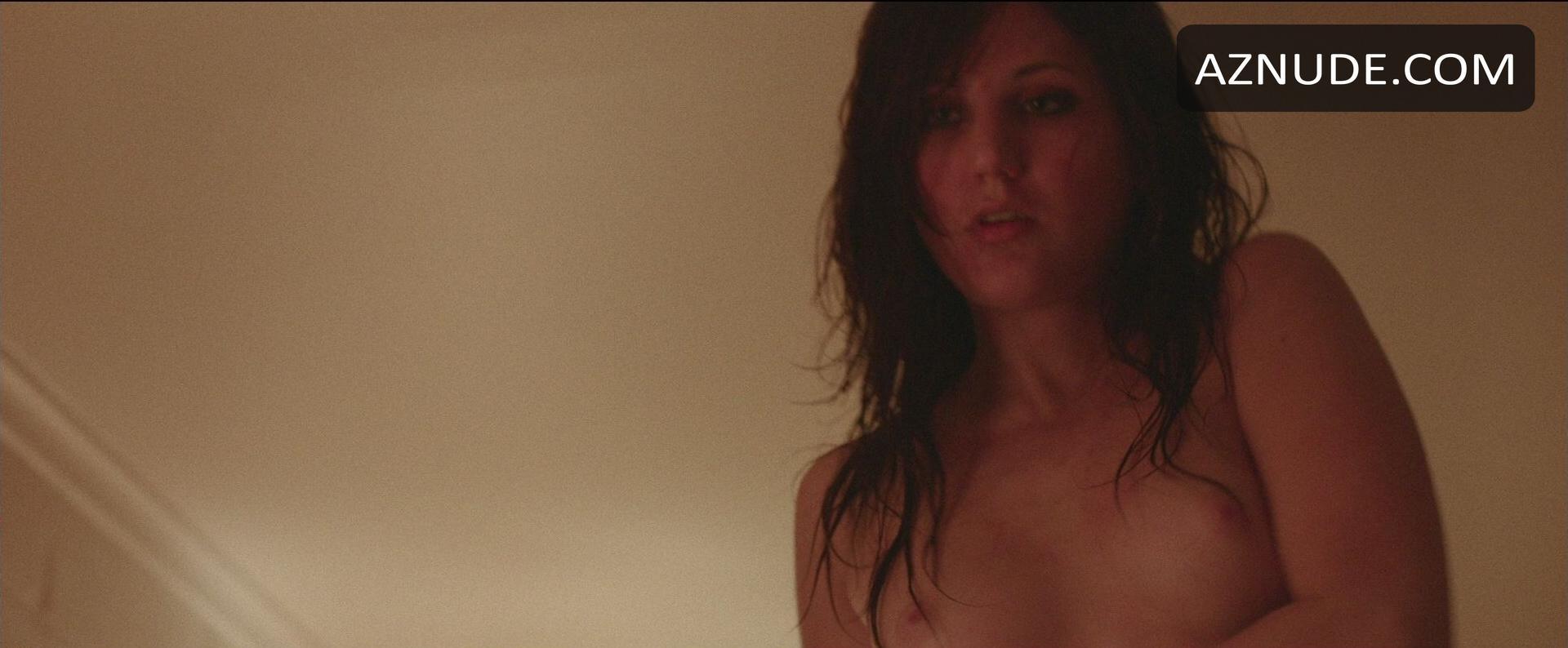 Nackt  Sarah Eilts Sarah A.