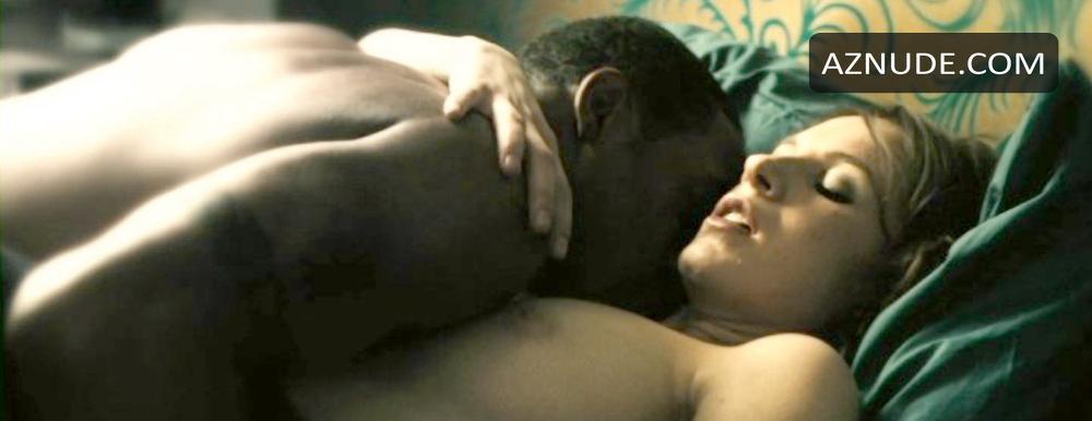 Nackt Sarah Moss  49 hot