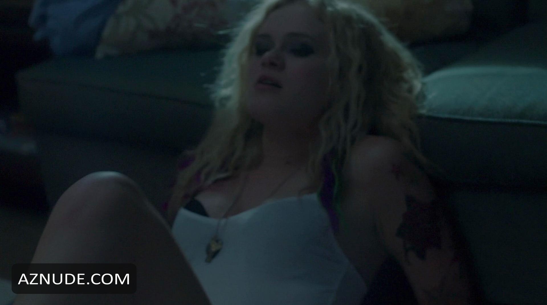 Sara paxton pussy naked