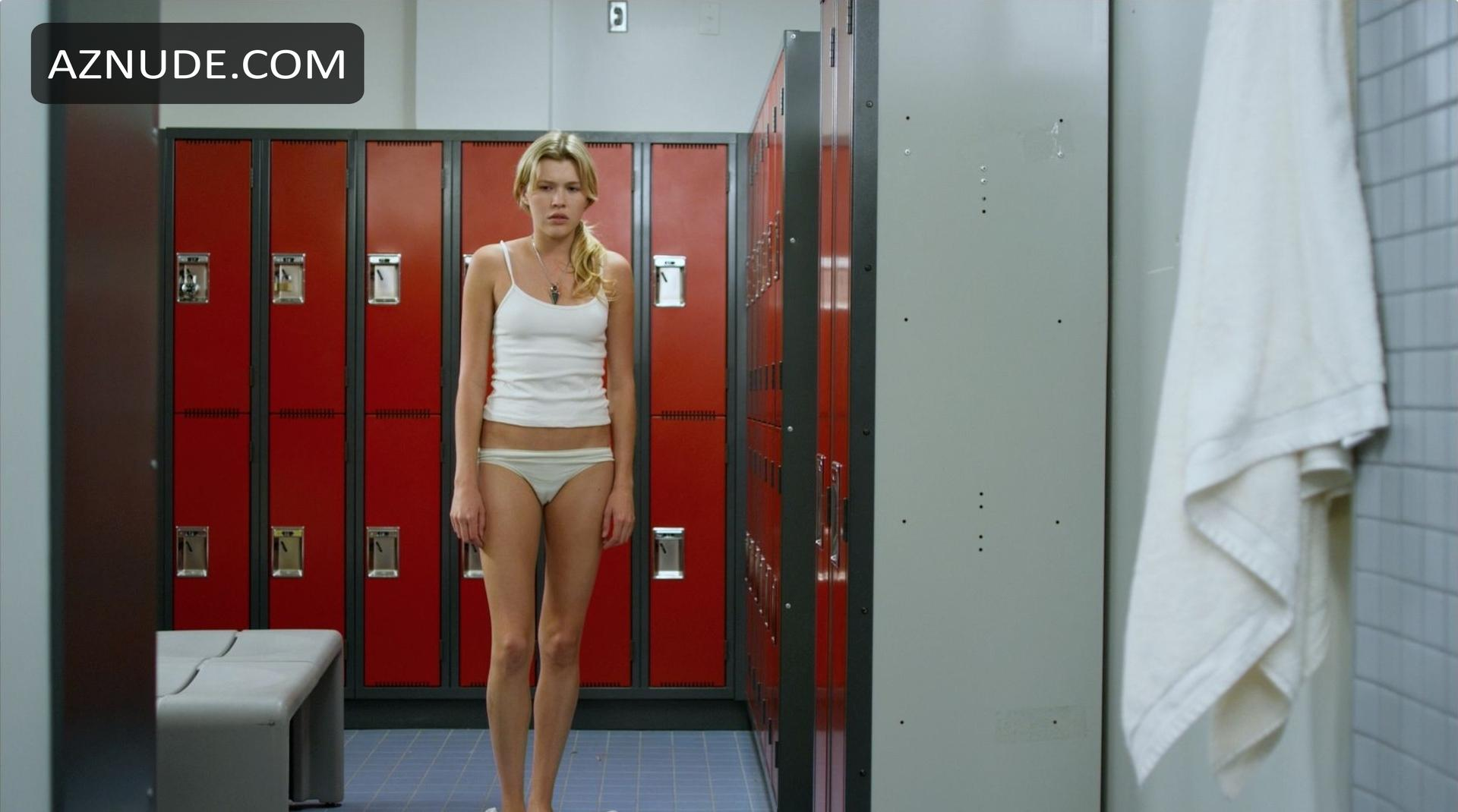 Browse Celebrity Locker Images - Page 1 - AZNude