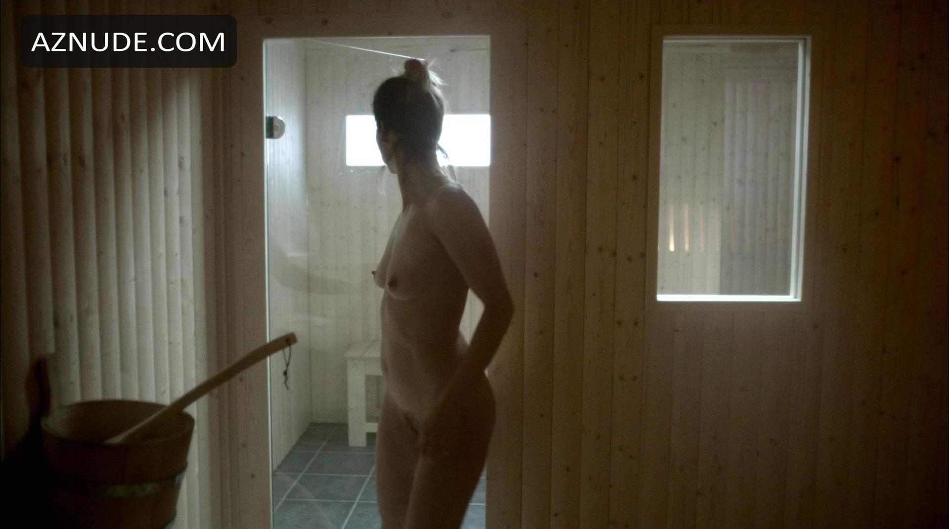 Browse Celebrity Sauna Images - Page 3 - Aznude-8657