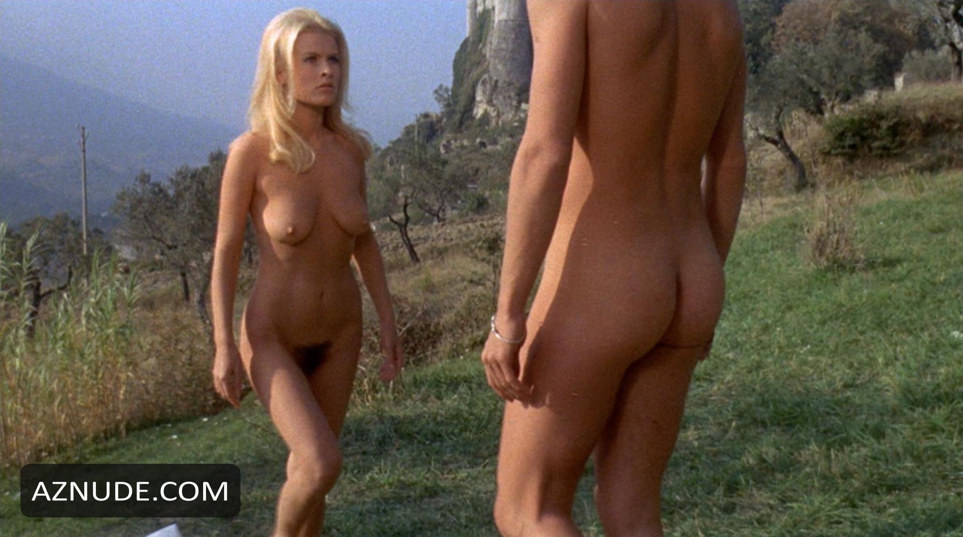 image Aida lesbian scene 7
