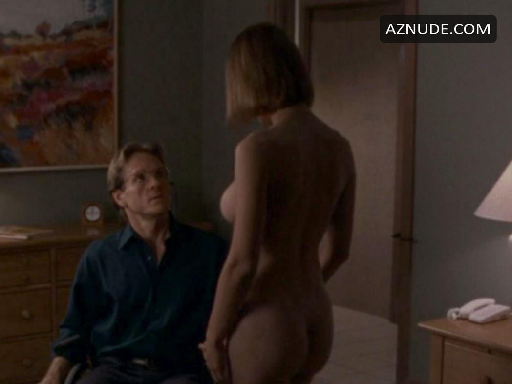 Nude indian women butt