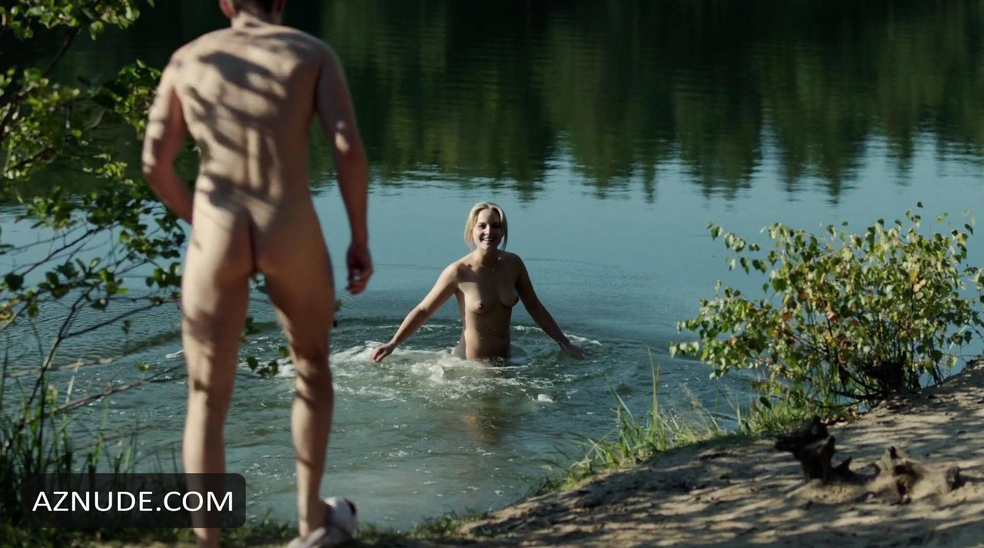 Alyssa sutherland nude scene in vikings scandalplanetcom