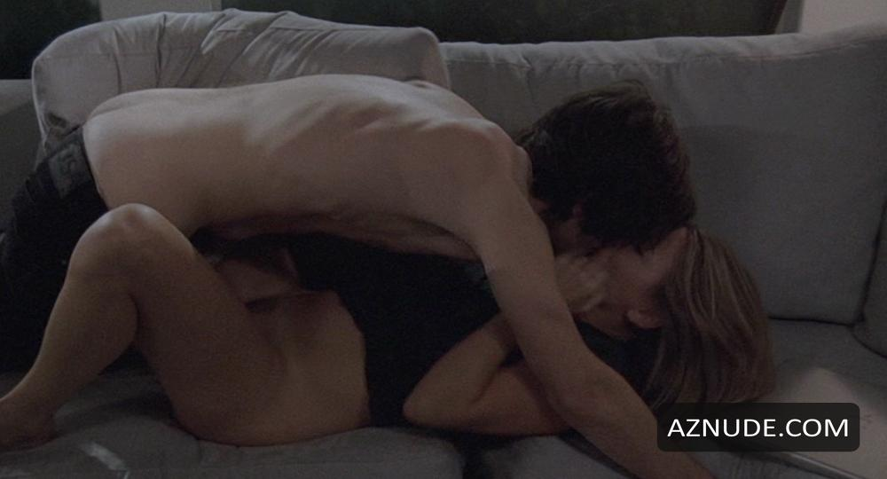Sonya Walger Nude And Sex Scenes