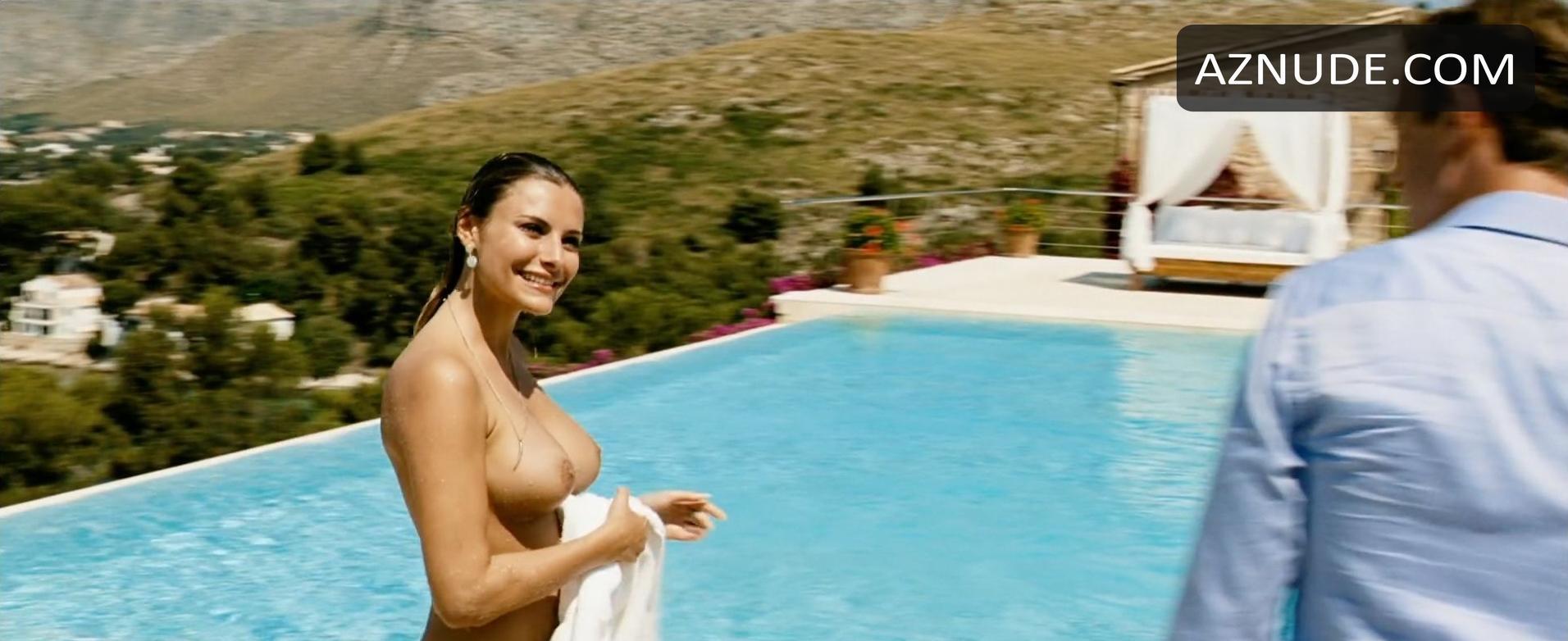 Roxanna June Nude Photos and Videos,IMGUR Amanda Carrier Hot pics Emma roberts scream queens sexy,Freida Pinto Nude
