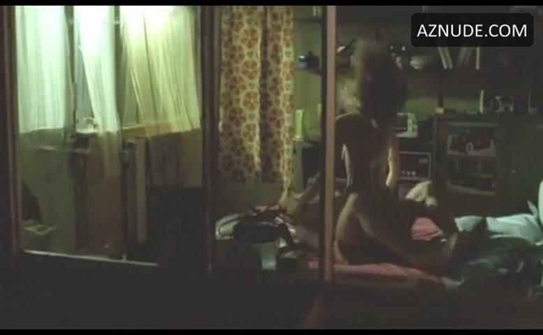 Huynh  nackt Lisa Lisa Huynh