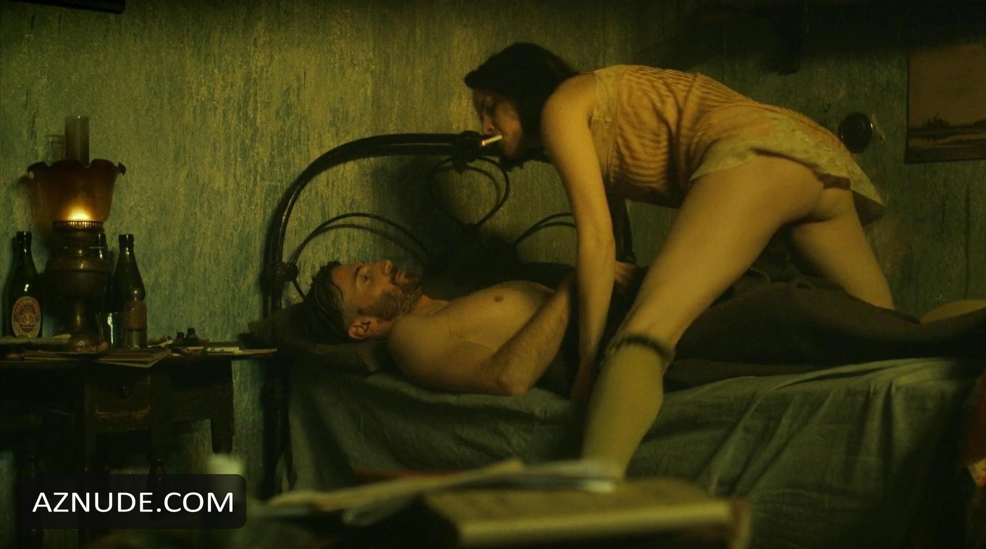 SOPHIE RUNDLE Nude - AZNude