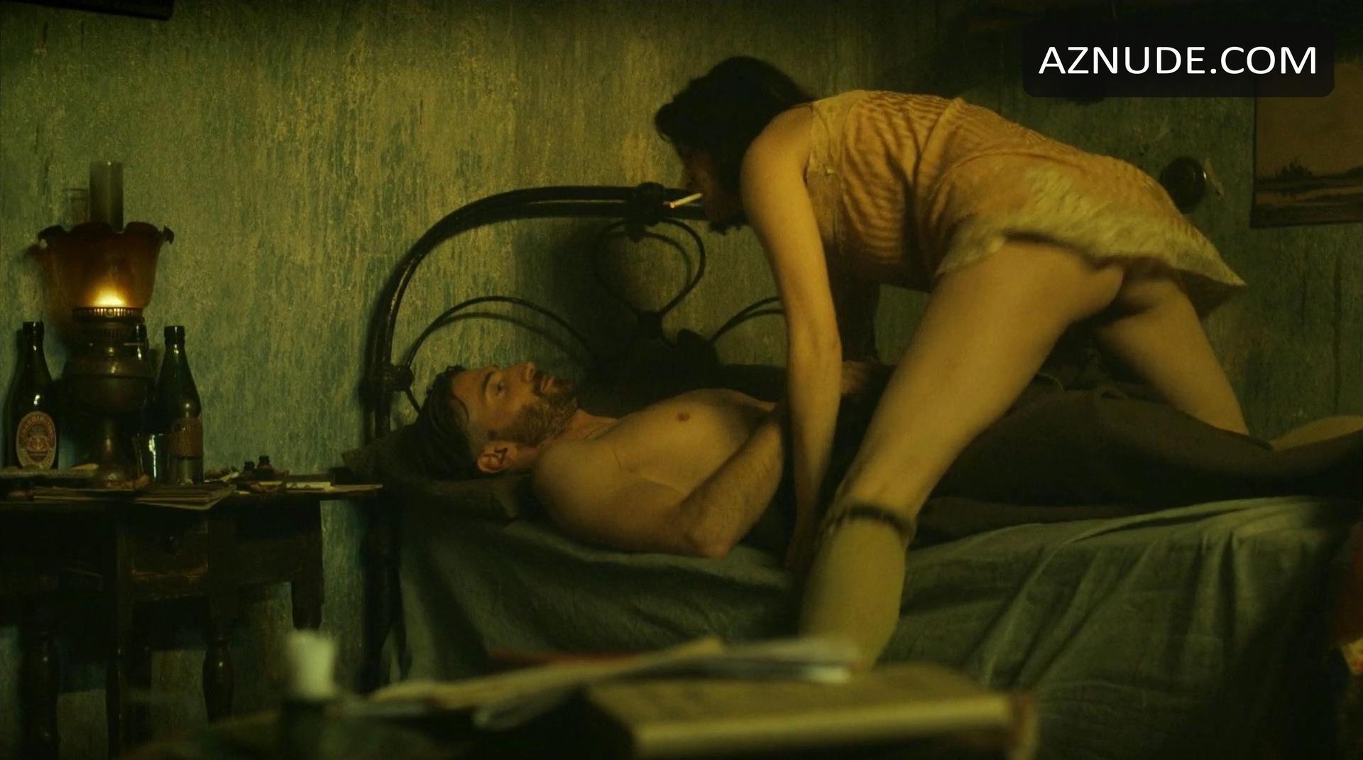 sophie rundle nude
