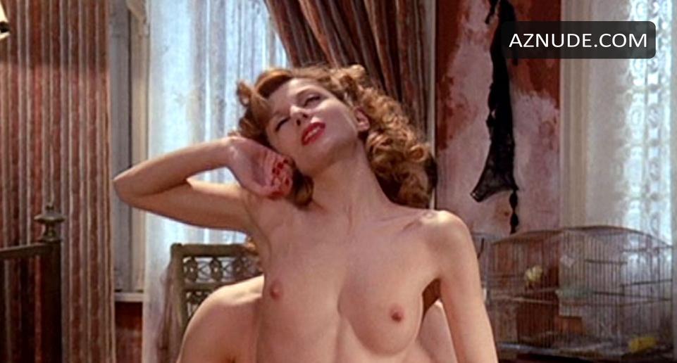 Stefania Casini  nackt