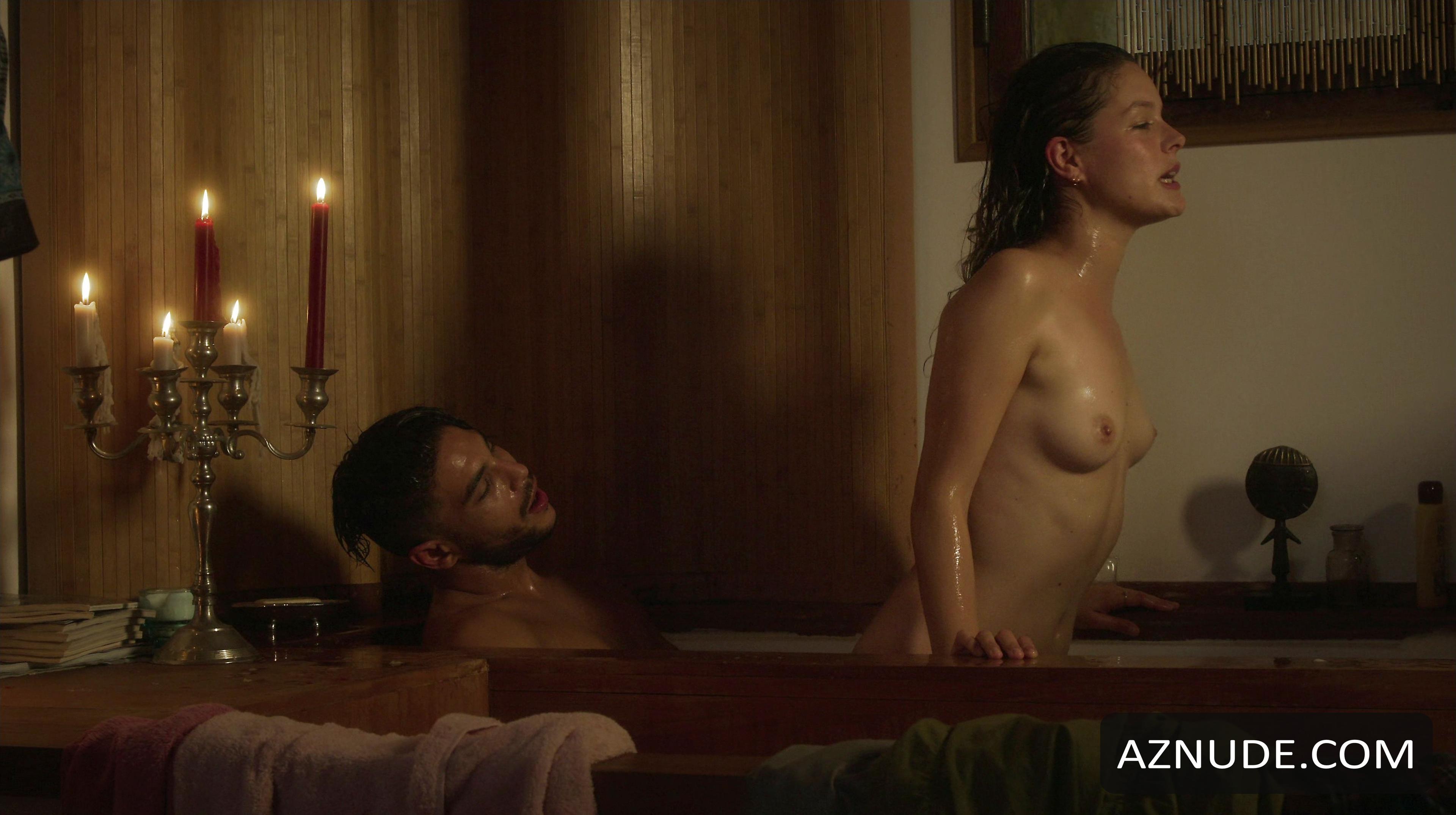 pictures of karen gillan naked