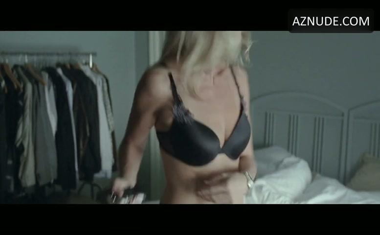 Headhunters sex scene