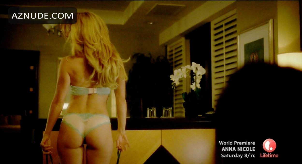 Hot girls in yoga pants nude gif