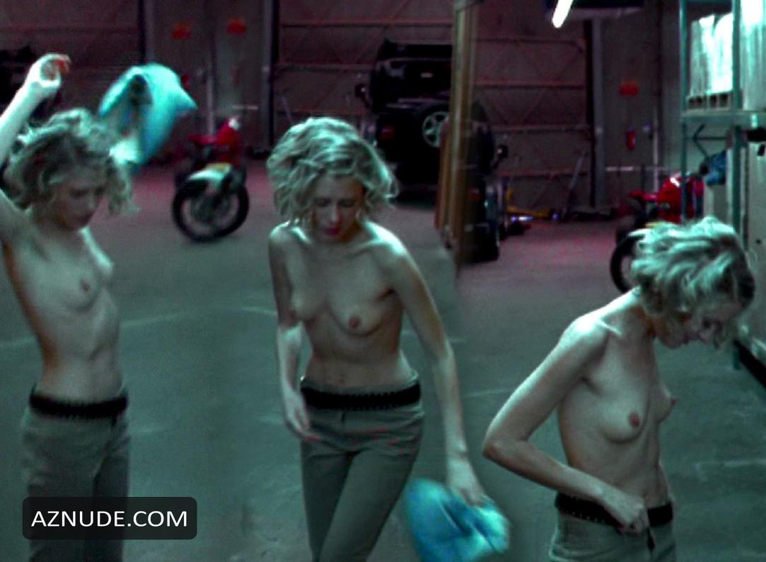 Hindi nude girls bathing outside clips free
