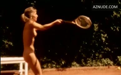 Apollonia van ravenstein nackt
