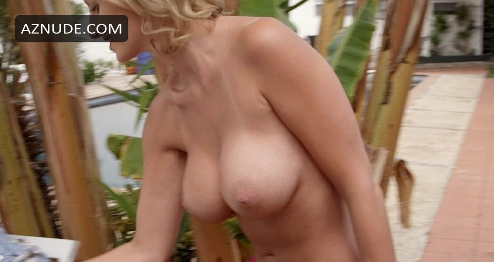 Mature with saggy tits