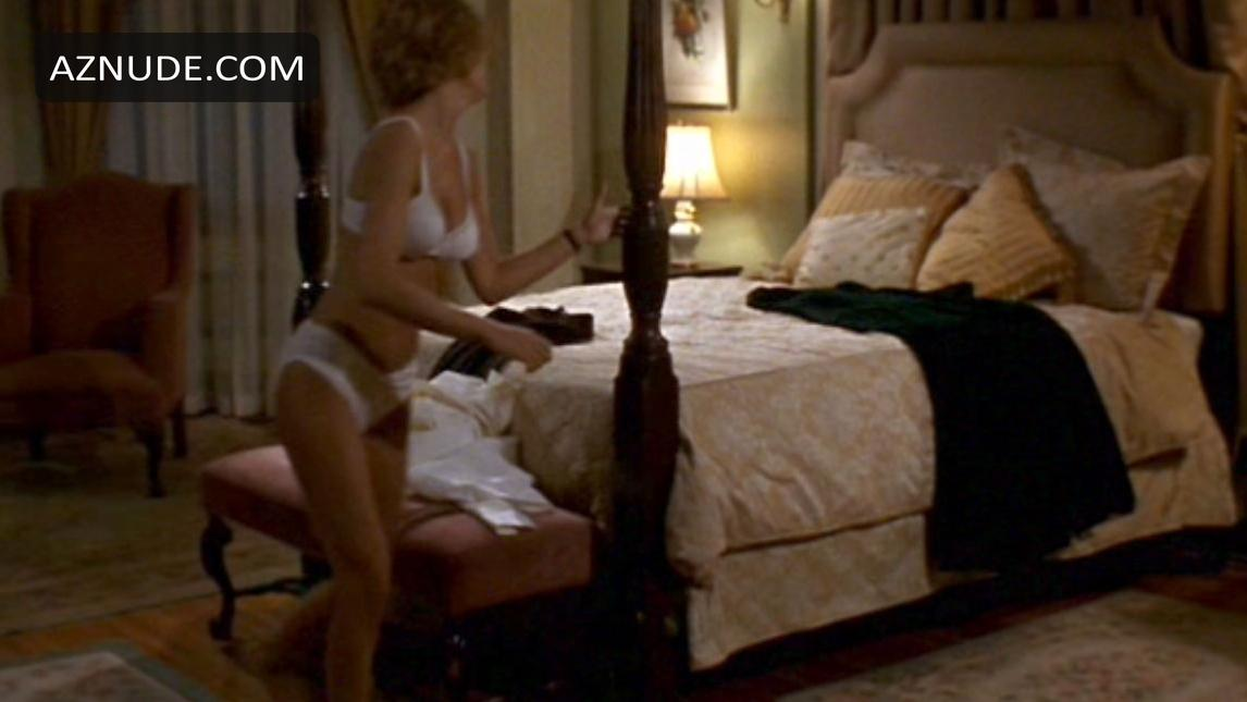 Of parker posey nude house yes