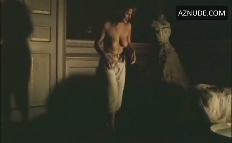 wilcox nude Toya