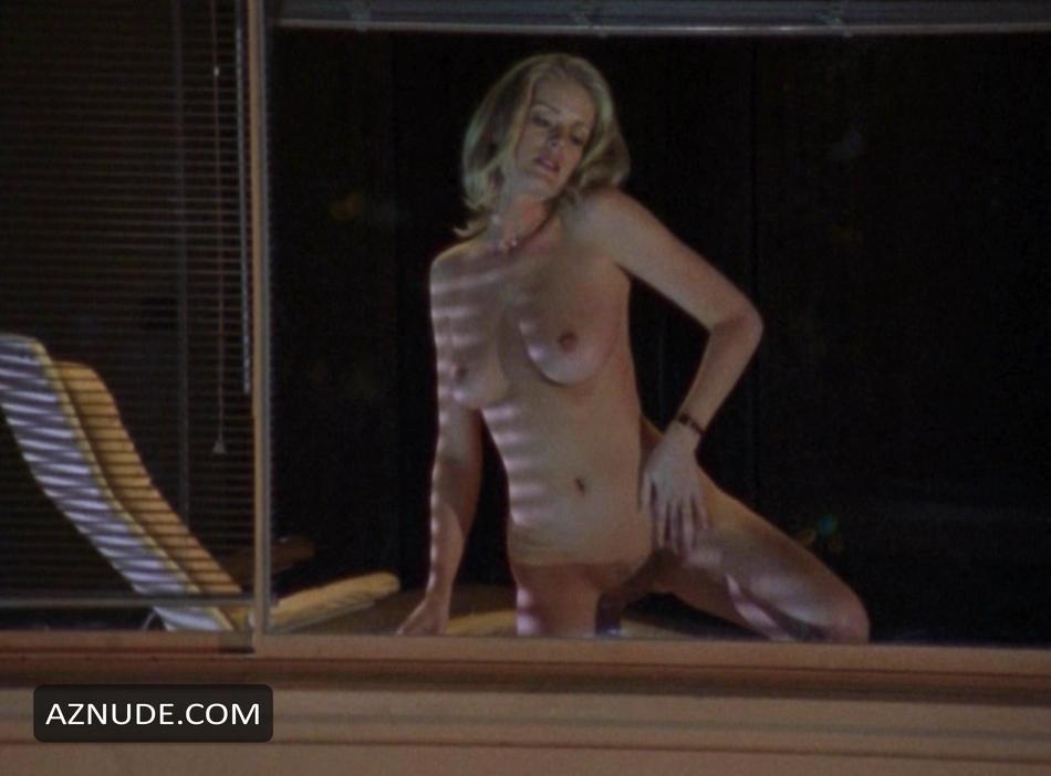 Nude photos Lesbian bent over ass licikng
