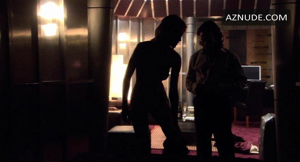Tricia Helfer Nude Scene In Battlestar Galactica Picture