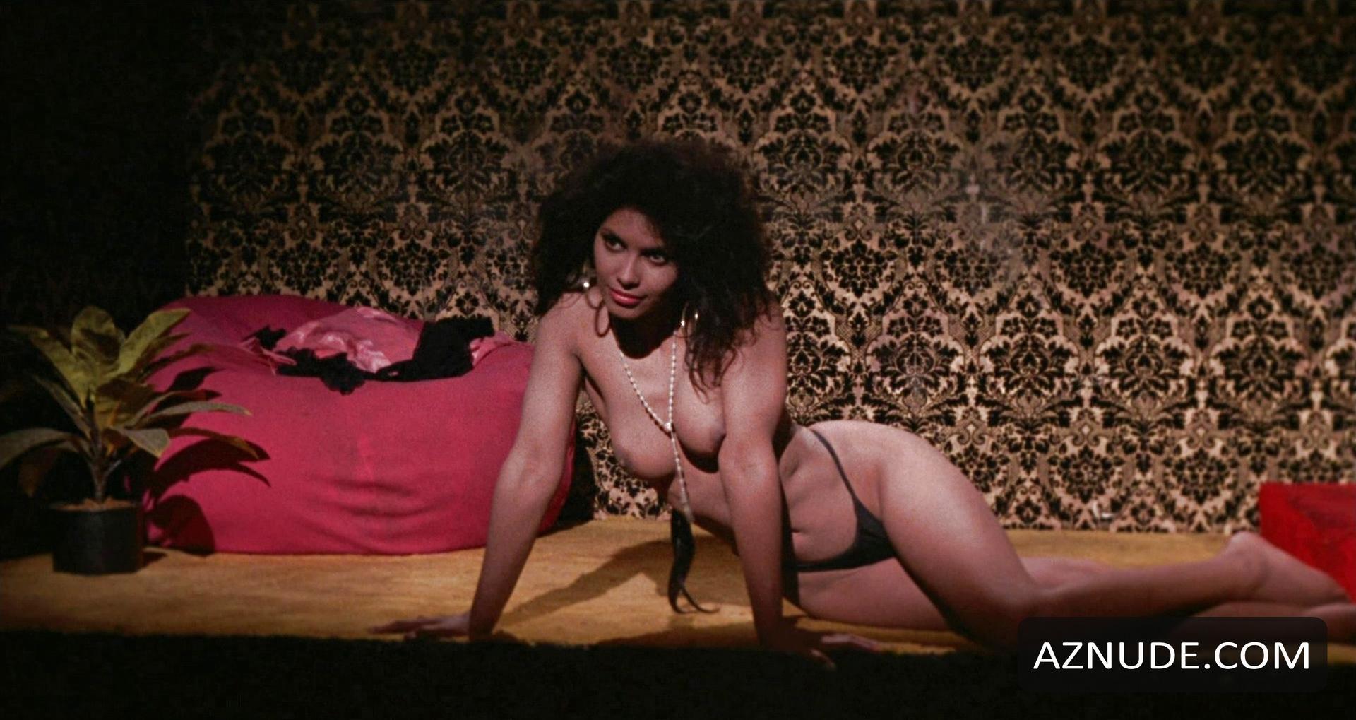 52 Pick-Up Nude Scenes - Aznude-7736