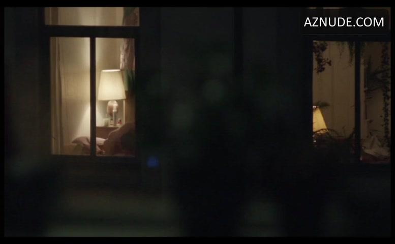 HQ Photo Porno nude through a window