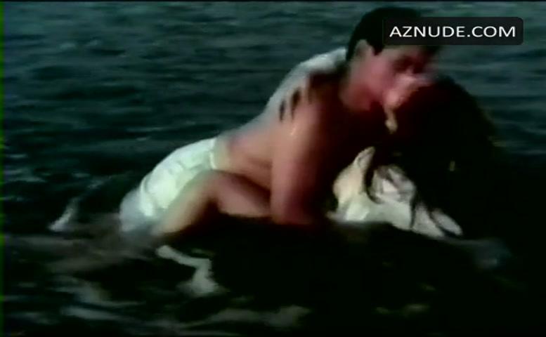 Erotic nude girls in public