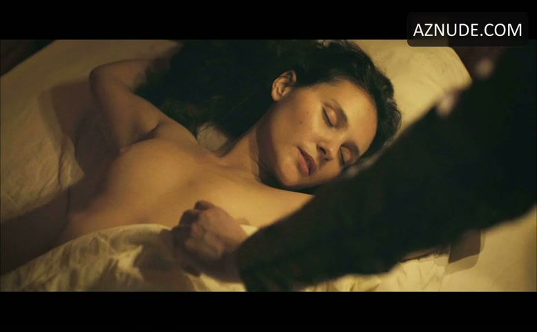 Virginie Ledoyen Breasts, Bush Scene In Farewell, My Queen - Aznude-4924