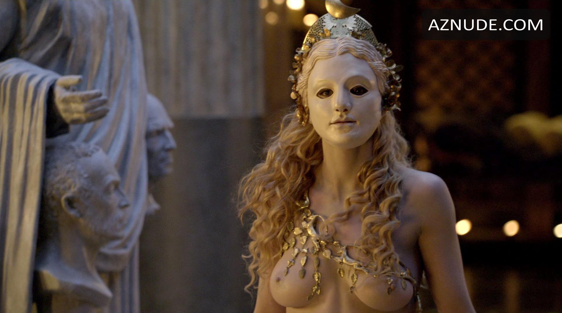 Lucy lawless and viva bianca in spartacus scandalplanetcom