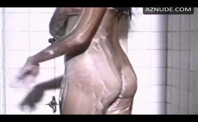 Ynez Veneracion  nackt