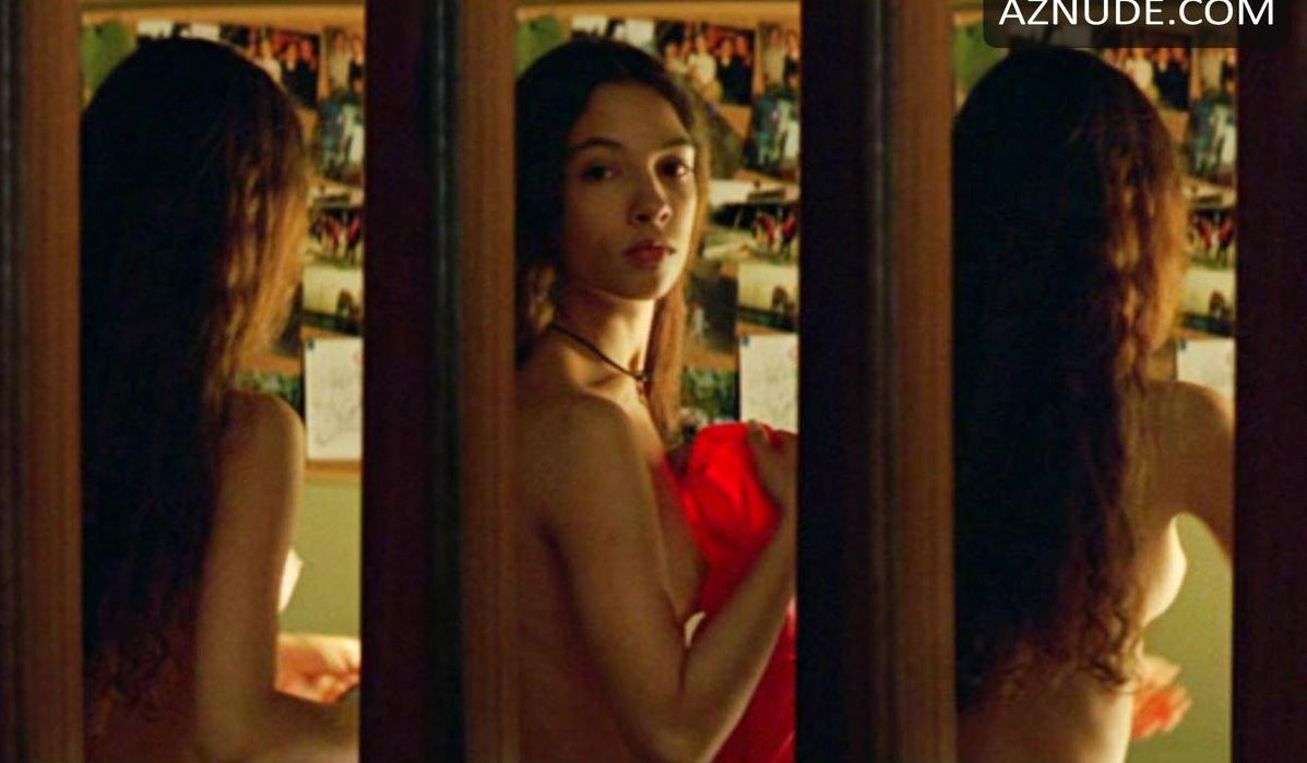 Eva en el comisario casi desnuda - 1 part 2