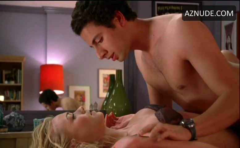 Yvonne strahovski sex in chuck series scandalplanet com - 3 part 2