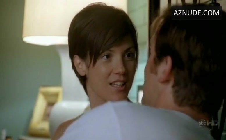 Boobs nude zoe mclellan